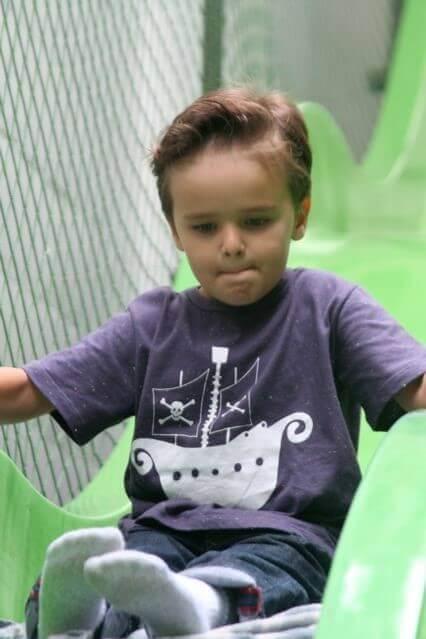 Incentivar Crianças Tímidas a Brincar